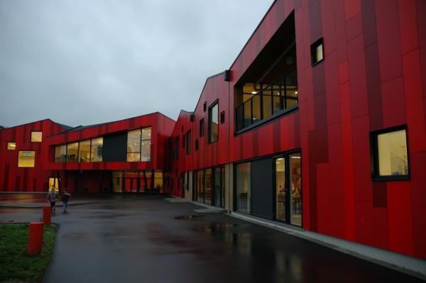 Controel ApS har lavet KNX, DALI og CTS på Vibeengskolen i Haslev.